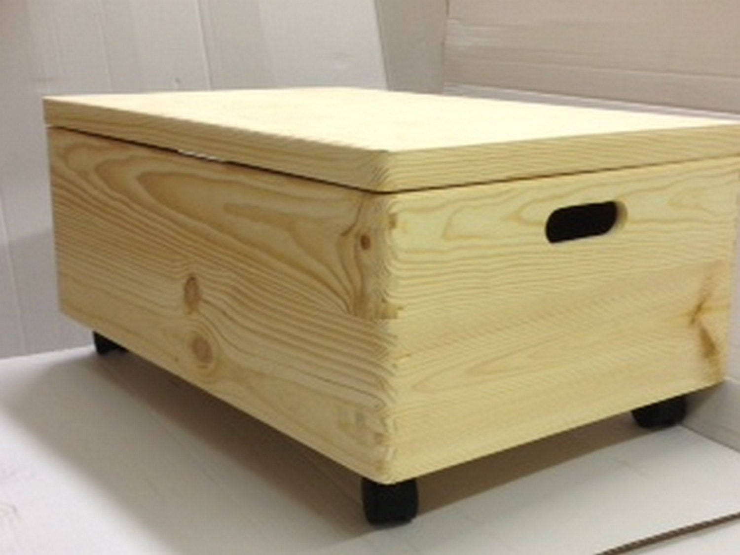 Large Unpainted Wooden Chest Box With Castors And Lid Trunk