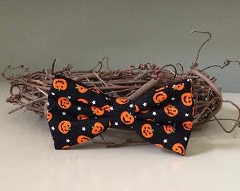 Dog Bow / Bow Tie - Little Smiling Pumpkins Orange Black
