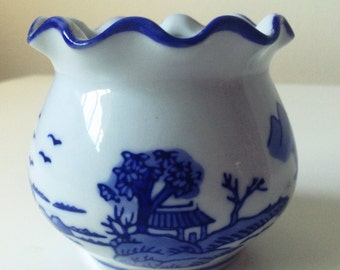 Vintage small white and blue flowery rim motif decorative jar