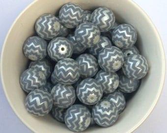 20mm Gray Chevron Zig Zag Acrylic Chunky Necklace Bead