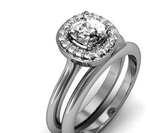 18K White Gold Cushion Cut Diamond Ring Set
