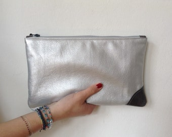 "leather clutch - ""dot"""