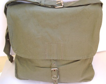 Vintage Military Canvas Shoulder Bag, Green Canvas Messenger Bag/Cold War Soviet union 1970