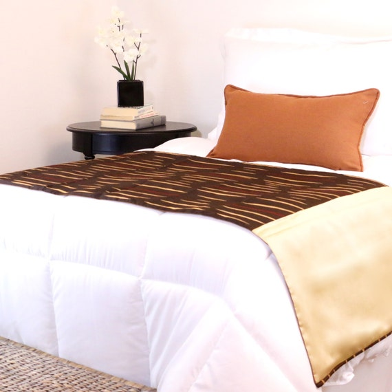 gold brown and rust bed runner reversible perfect for a. Black Bedroom Furniture Sets. Home Design Ideas