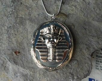 Egyptian Pharaoh Locket!!! High Quality!!!  Egypt Locket, Amulet, Scarab,Photos, Keepsakes, Silver Plated