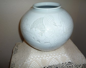GEORGEOUS White Celadon Vase