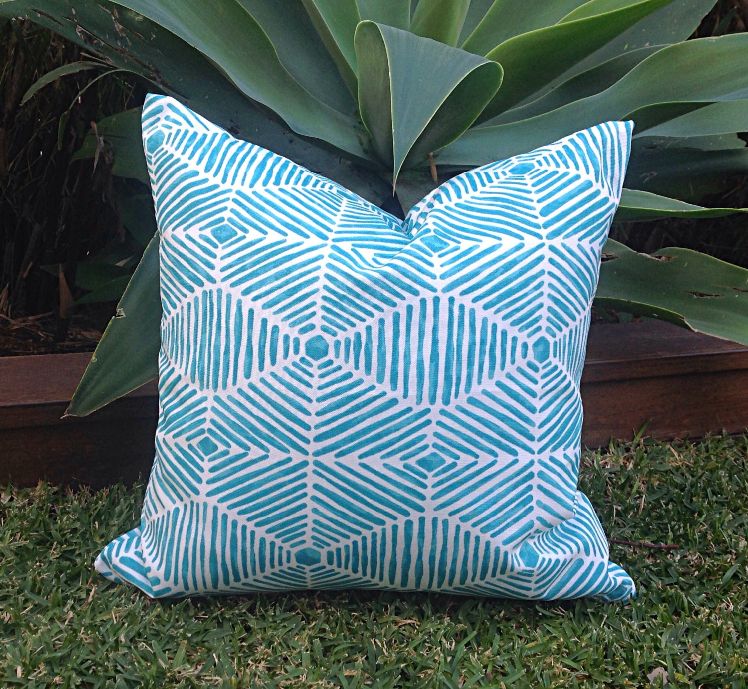 Turquoise Outdoor Cushions Turquoise Pillows Aquamarine Beach