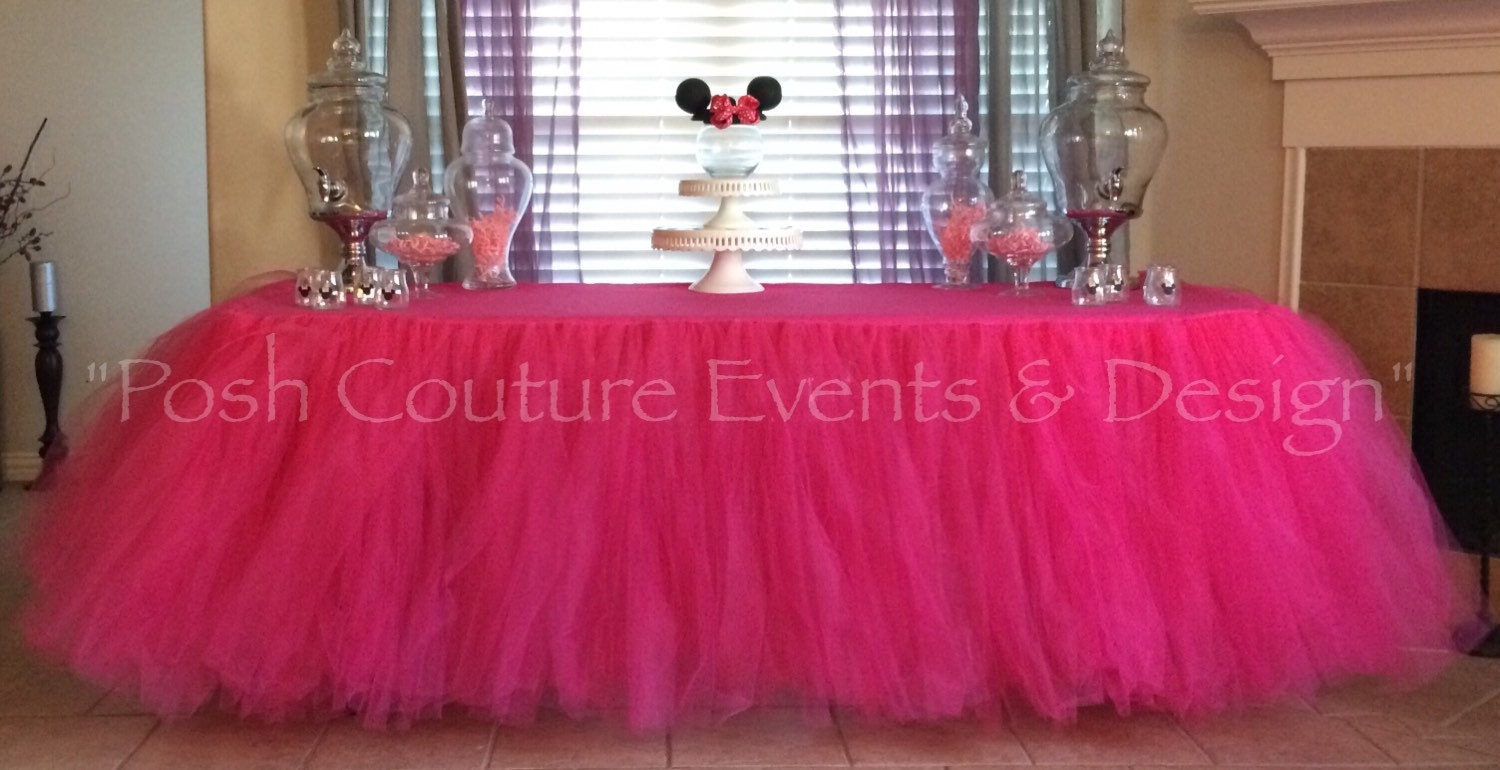Tulle table cloth elegant table skirt baby shower tulle - Ideas para hacer manteles ...