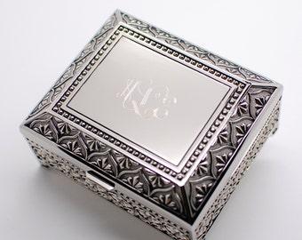 Monogrammed jewelry box - personalized jewelry box 4 Inch - Engraved keepsake box - Silver trinket box for wedding bridesmaid flower girls