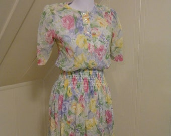 Vintage 1990s Jodi Michaels Floral Dress Sm / Shoulder pads / Sheer / Short sleeves