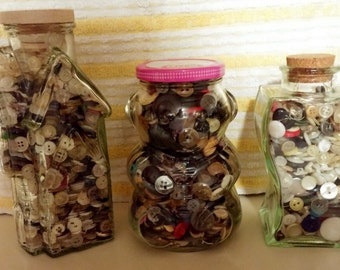 Vintage Buttons - 2500 buttons - jars included - set of 3