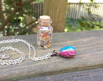 Women's Wiccan Pagan Witchcraft Aphrodite Love Spell Kit with Herb Bottle and Necklace Charm Amulet with Herbs for Love and Friendship