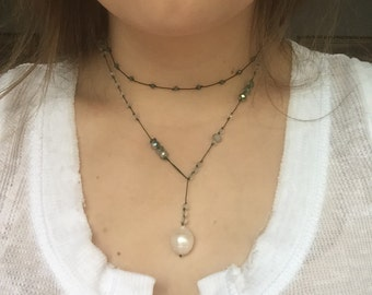 Drop down pearl necklace
