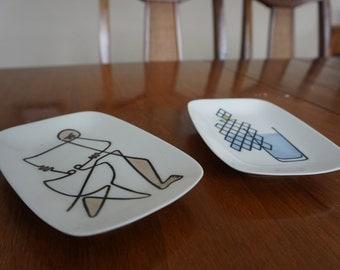 Vintage art plates, mid mod style
