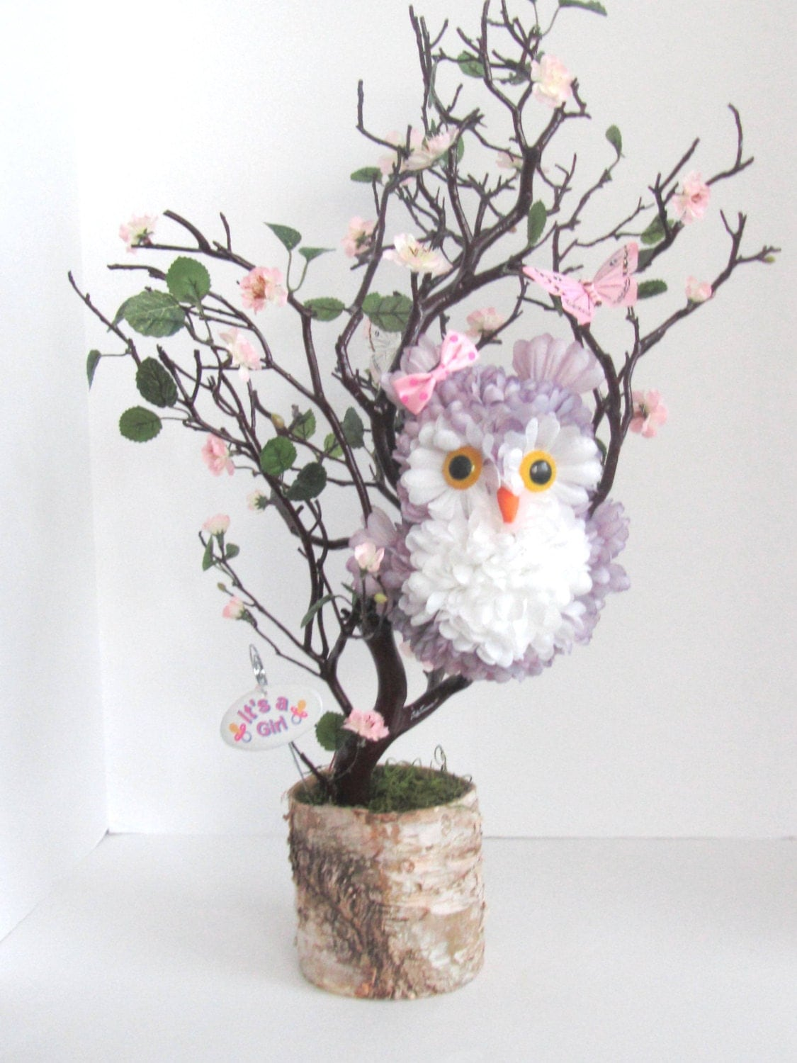 Cute owl centerpieces for baby shower table