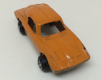 Vintage Chevy Corvette Stingray Tootsie Toy 1963 Split Window Orange Mini Diecast Chevrolet