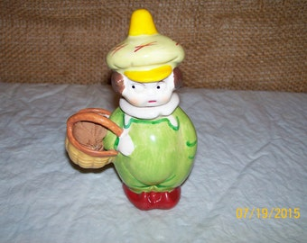 SALE Rare Vintage pincushion and sewing figurine
