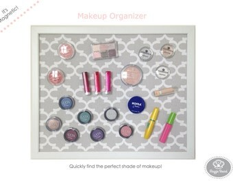Magnetic Makeup Board / Makeup Organizer / Comes with 40 Strong Magnets / Free Shipping!