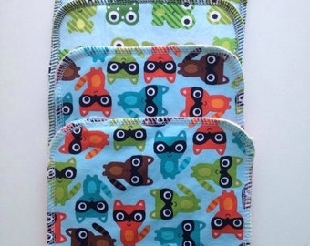 Cloth Wipes 4 Pack Introductory Price - Frogs and Racoons!