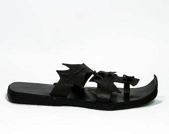 MENS WOODSMAN - Zootzu Handmade Mens Leather Sandals Slide On Medieval Vintage Sandals Leaf Design Steampunk Shoes Peasant Renaissance Black
