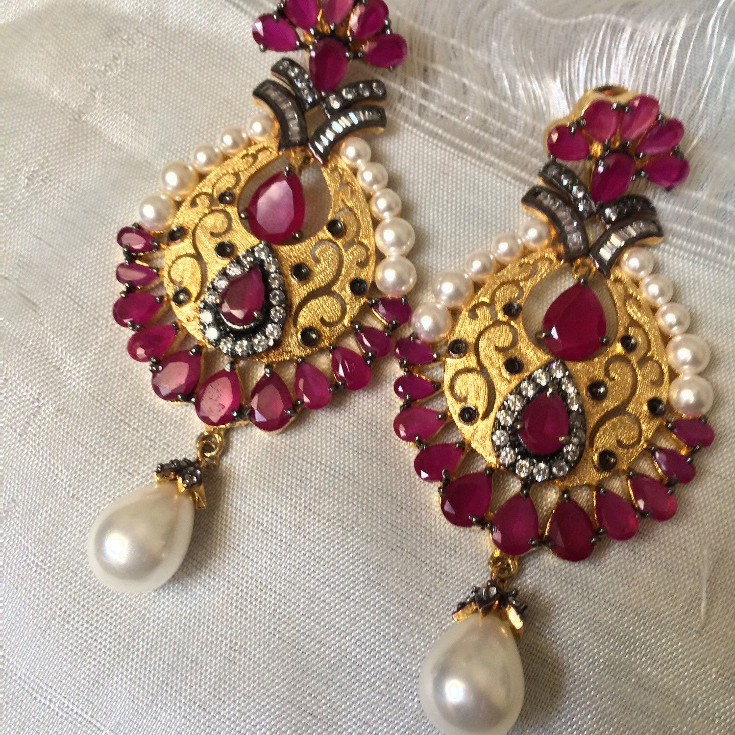 ruby earrings hyderabadi indian wedding jewelry statement. Black Bedroom Furniture Sets. Home Design Ideas