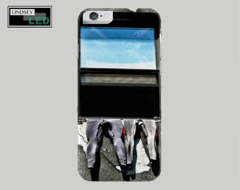 Wetsuits in Window Case for iPhones (Models 5, 5s, 6, 6s, 6 plus, 6s plus, 7, 7 plus)