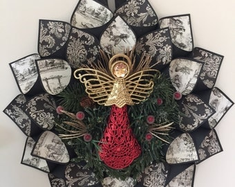 Red & Gold Angel Wreath