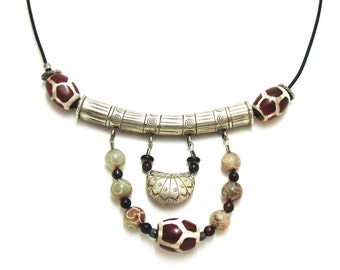 Giraffe Agate and Sterling silver Tribal Necklace