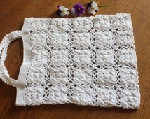 Small vintage handmade crochet bag
