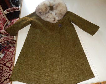 CALIFORNIA LILLI DIAMOND Coat with Fur Collar