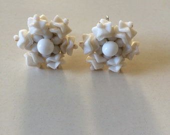 JAPAN WHITE GLASS Earrings