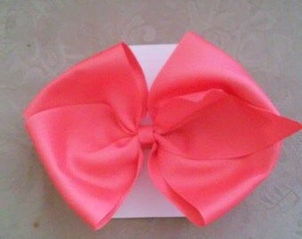 Large Coral Bow