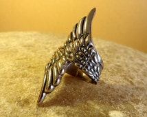 Bronze wide angel wings ring. Bronze birds wings ring. Bronze womens angel wings ring. Bronze womens birds wings ring.