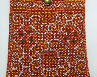 Handmade embroidered Ipad sleeve, Ipad bag, Ipad cover, Ipad case padded.
