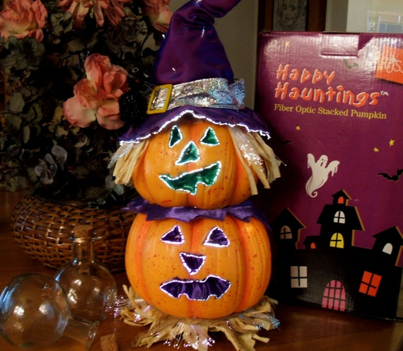 Happy hauntings fiber optic stacked pumpkin by russ retired for Fiber optic halloween decorations home