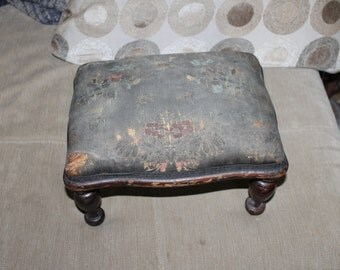 Antique Foot Stool, Still See Beautiful Pattern on The Cloth, 1940's From My Family, Needs Some Work But Great As Is, Collectible, Usable
