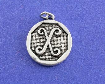 1 pcs-Initial X Charm, X Alphabet Pendant, Antiqued Silver Letter X Coin-As-K85350H-8S