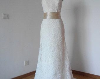 Elegant V-back Ivory Lace Long Wedding Dress with Champagne Sash