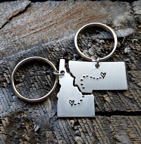Loving this keychain set for long distance loves