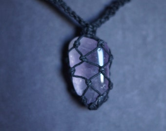 Kunzite Stone Macrame Necklace
