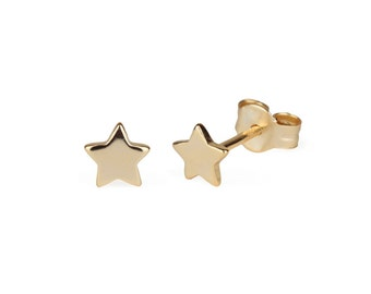 Tiny stars gold earrings, star earrings, dainty earrings, stud earrings, gold earrings, estrella, stars earrings