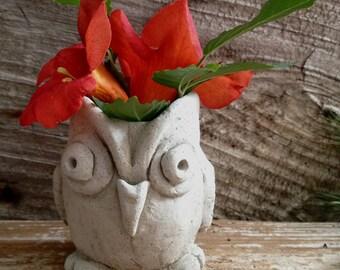 Owl planter, Owl concrete succulent planter, Owl vase, Vintage owl planter, Owl decor, Rustic owl, Owl pot