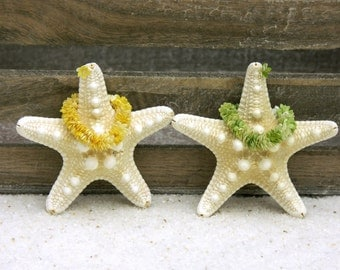 Hawaiian Wedding Couple Starfishes