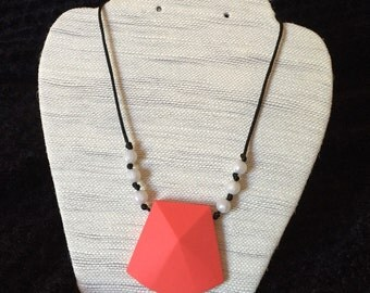Necklace silicone/teething necklace - coral
