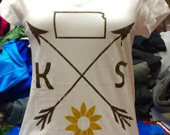 Ladies V-Neck Glitter Sunflower Kansas Tee