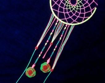 Bloom Blacklight Reactive Dreamcatcher