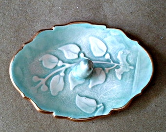 Ceramic  Ring Holder Aqua edged in gold  3 1/4 inches long