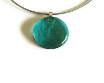 Teal Glass Pendant, Pendant with Choker, Teal Green Glass, Round Pendant, Glass gem Pendant, Woman Jewelry, Emerald Green, Pendant Necklace