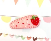 Sweet and Juicy Strawberry Toddler Hair Clip, Felt Strawberry Hair Clip, Hair Accessories, Girl Hair Clip, Handmade Barrette, Christmas Gift