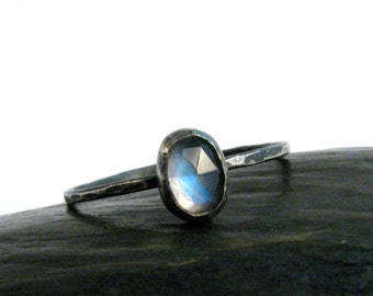 Rose Cut Rainbow Blue Moonstone Ring in Oxidized Silver - Stackable Moonstone Ring - Size 8.5 Ring - Faceted Tiny Moonstone